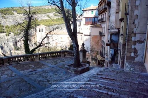 San Miguel, pipas y una litrona: así era hace unos años preámbulo de las noches mágicas en Cuenca