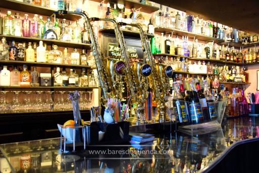 La Edad de Oro, el bar que hace justicia al buen gin-tonic y mucho más...